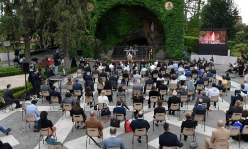 ĐTC Phanxicô chủ sự buổi đọc kinh Mân Côi kết thúc tháng 5 kính Đức Mẹ